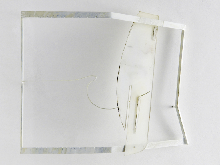 White shadow 2007, ferro, acciaio, plexiglass pigmentato, vernici, cm.70x80x15 ca.