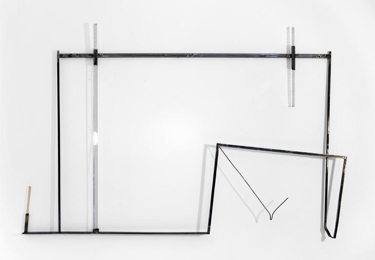 2015, ferro e acciaio inox bruniti, spazzolati, plexiglas trattato/colorato,  cm. 116 x 177 x 9  ca.