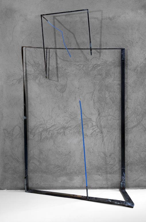 2015, ferro e acciaio inox bruniti, spazzolati, plexi trattato/colorato, cm. 250 x 145 x 59  ca